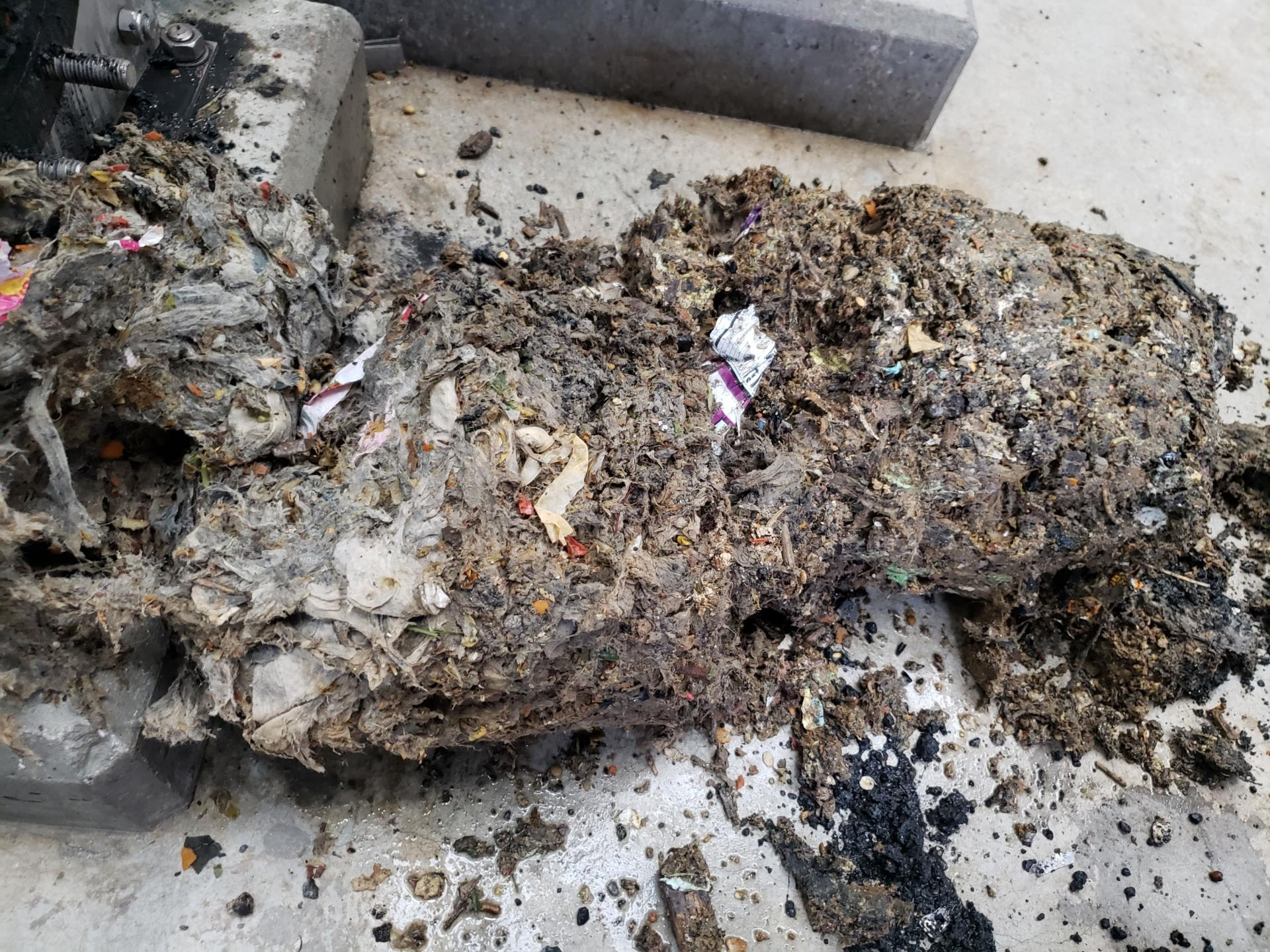 flushable wipes clogged pipe